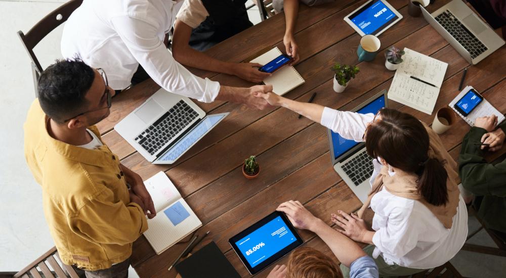7 Steps to Develop an Effective Sales Compensation Plan